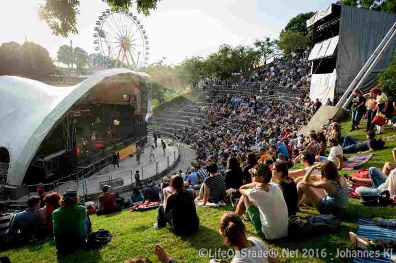 Theatron - Bühne im Olympiasee